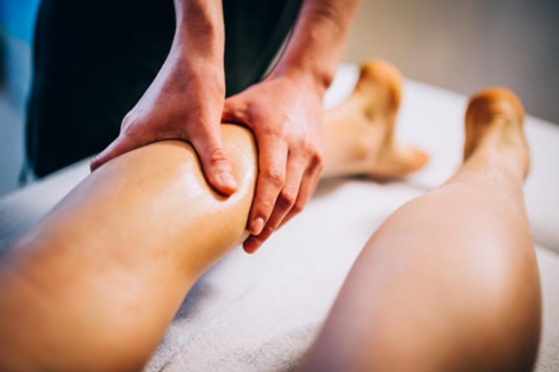 massaggio_preparazione_gara_sportivo