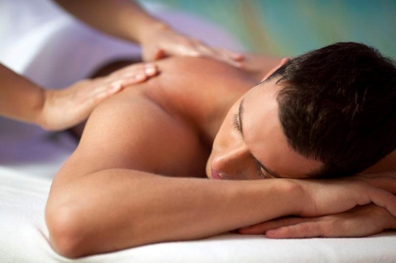 massaggio_recupero_dopo_gara_sportivo